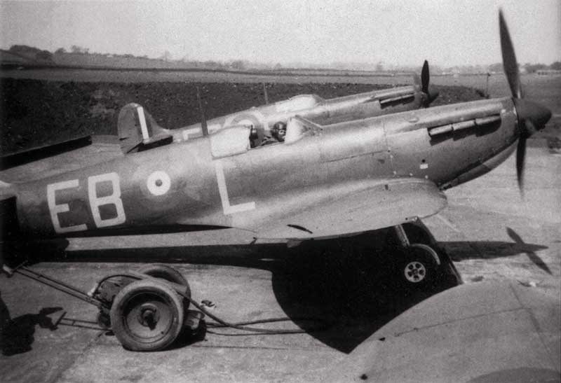 spitfire at 41 squadron been serviced